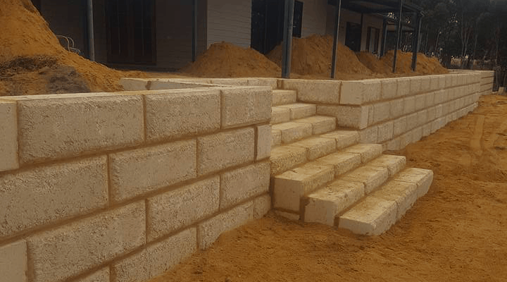 Limestone walls, landscaping, artificial grass and paving from HQ Limestone Baldivis and Rockingham WA